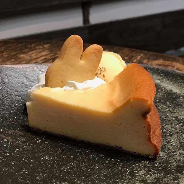 うさぎとぼくのケーキセット:チーズケーキ