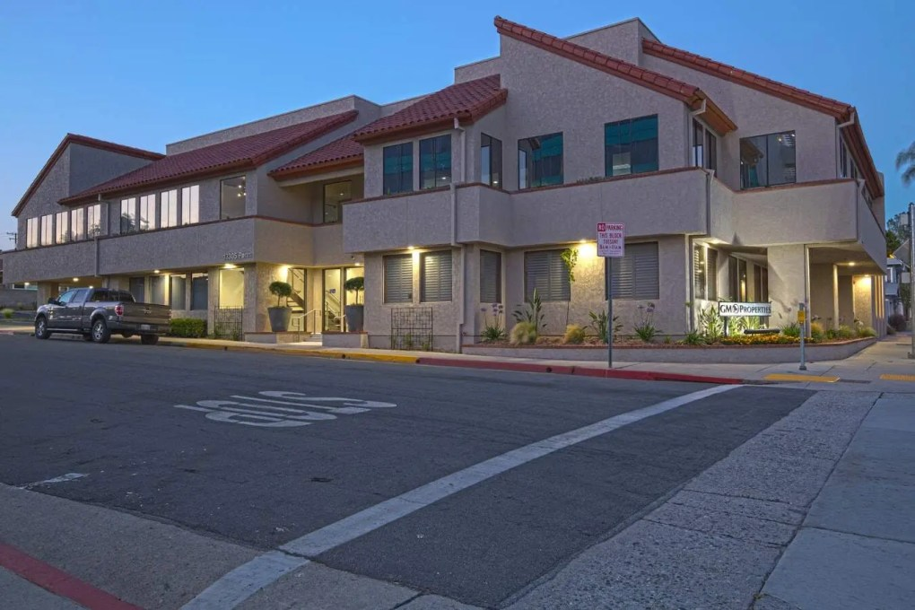 Adolfo Gonzalez Dies in Hit-and-Run Pedestrian Accident on San Leandro Street [Oakland, CA]