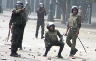 10 killed as Egyptian soldiers bring the hammer down on democracy activists; new clashes rock Cairo