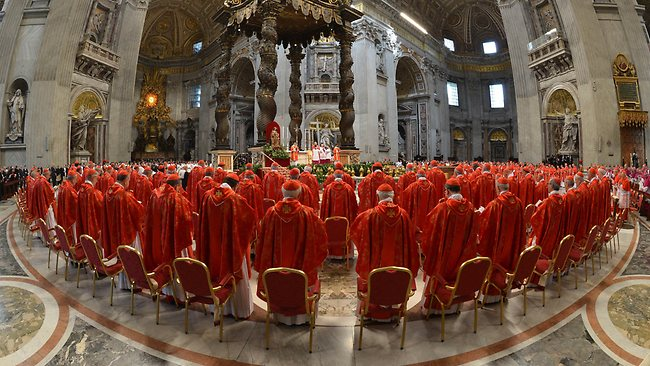 cardinals-at-vatican-to-elect-pope2013_pb