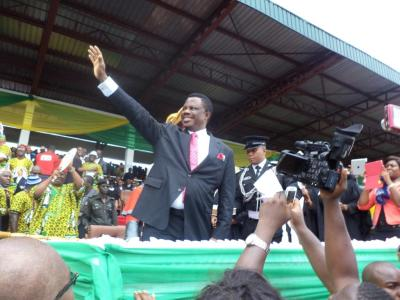 Willie-Obiano-Governor-Anambra-inauguration-March2014-Awka-USAfrica
