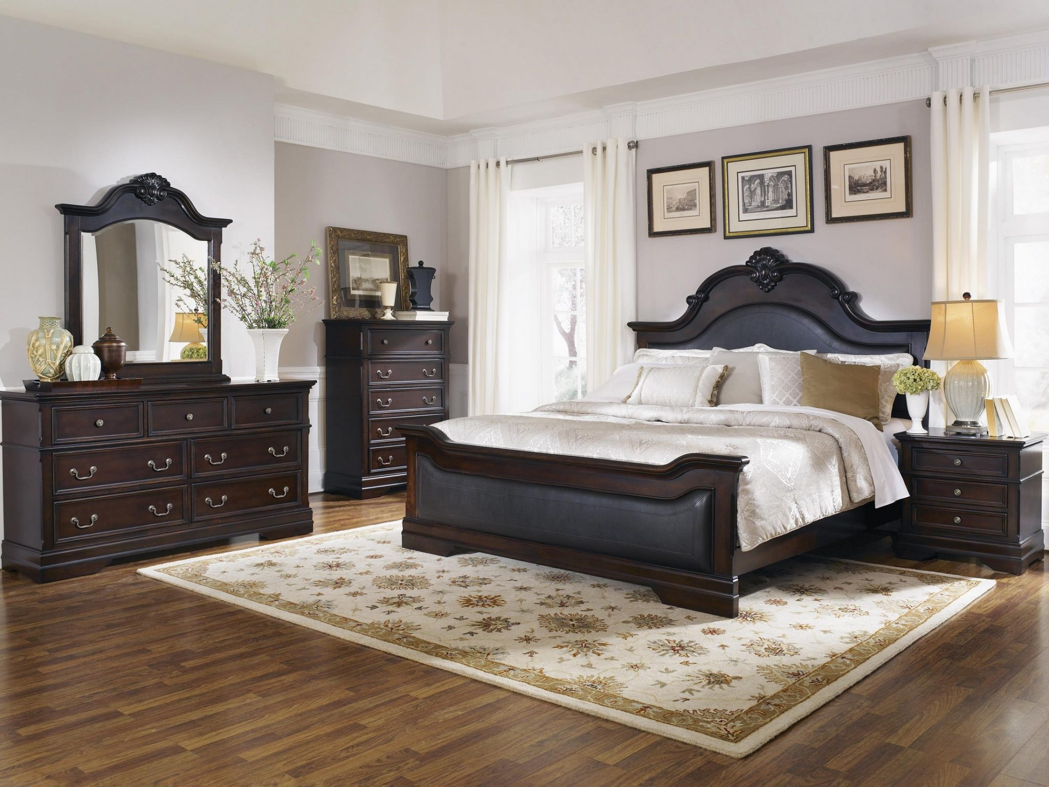 Coaster Furniture Cambridge Upholstered Panel Bedroom Set