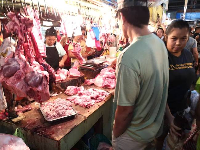 フィリピンのローカルマーケット