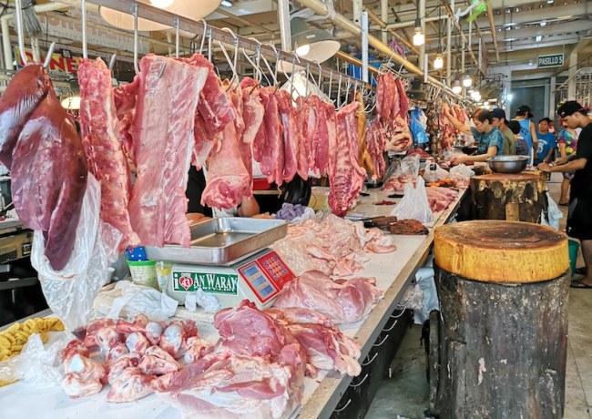 カルティマールマーケットの肉屋
