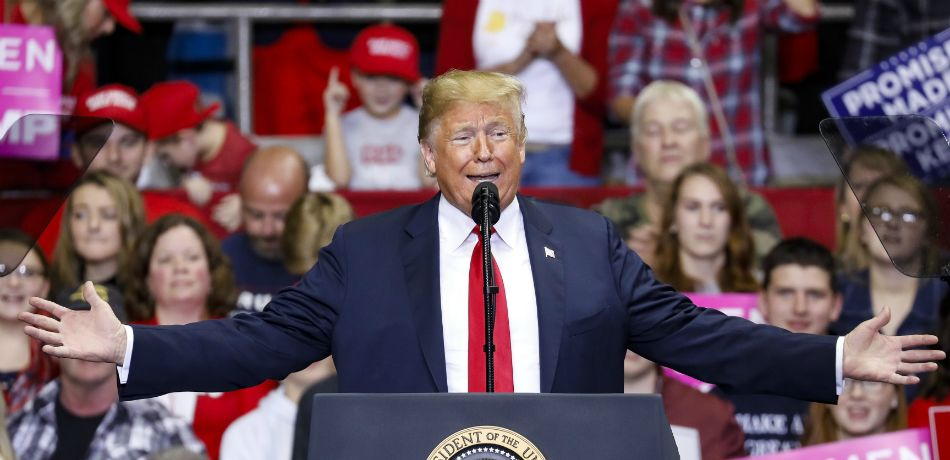 President Donald Trump speaks during a campaign rally for Republican Senate candidate Mike Braun at the County War Memorial Coliseum November 5, 2018 in Fort Wayne, Indiana.