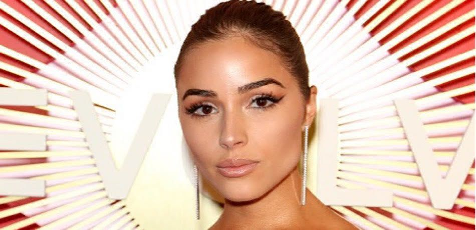 Model/actress Olivia Culpo attends Revolve's second annual #REVOLVEawards at Palms Casino Resort on November 9, 2018 in Las Vegas, Nevada.
