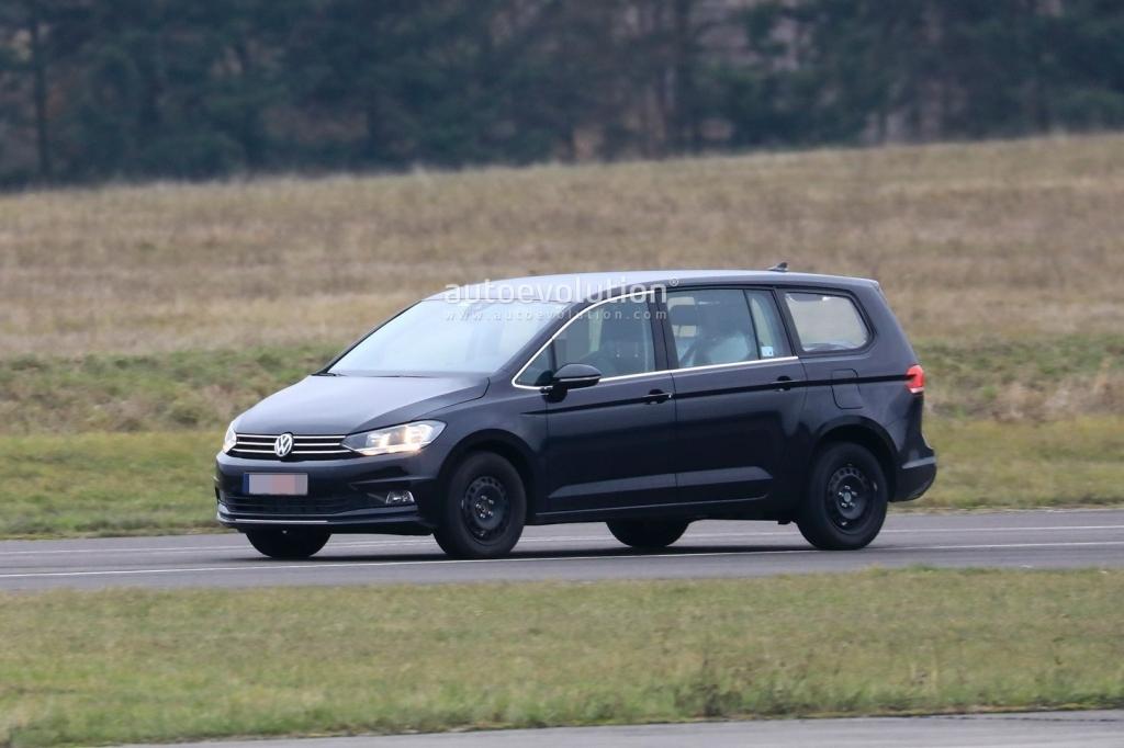 2021 Volkswagen Touran Exterior