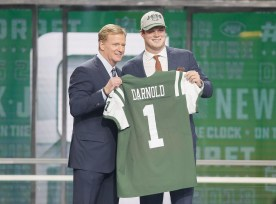 https://usctrojans.com/news/2018/4/26/football-sam-darnold-picked-no-3-in-2018-nfl-draft-by-new-york-jets.aspx