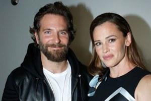 Bradley Cooper Jennifer Garner Beach Playdate