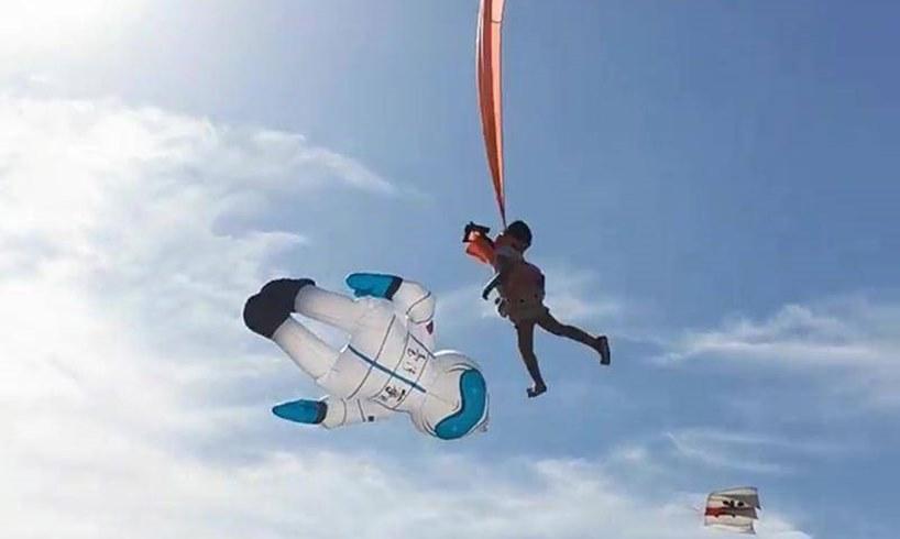 Kite Girl Swept Off Lin Taiwan