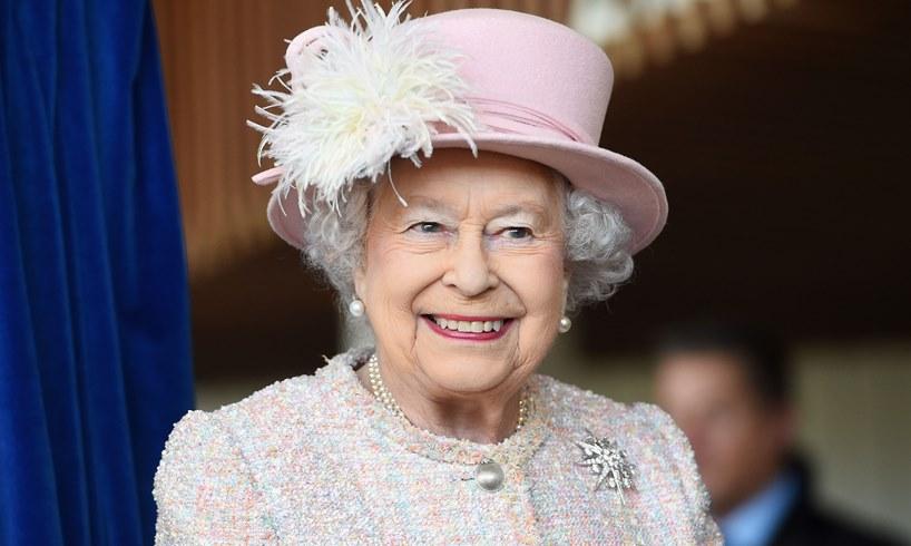 Queen Elizabeth Michelle Obama Drunken Staff Buckingham Palace