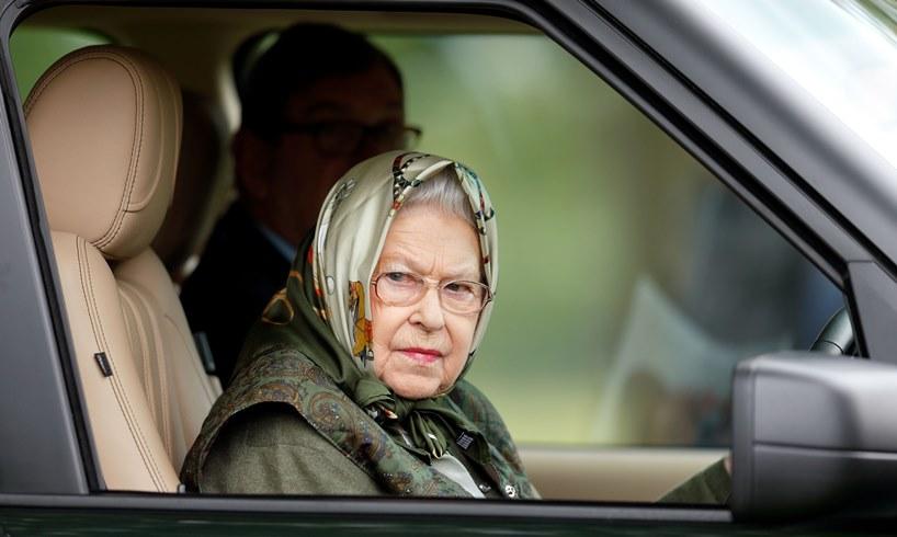 Queen Elizabeth Prince Charles Abdication COVID19 Vaccine