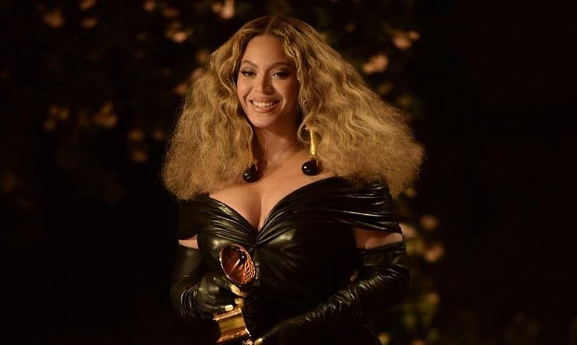 Beyonce Daughter Blue Ivy Carter Jay Z BIG King Crown