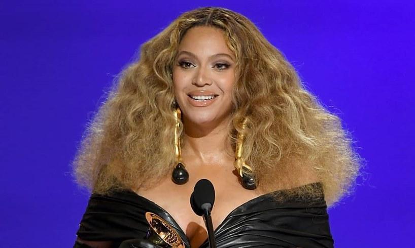Beyonce Jay Z Blue Ivy Carter Grammy Awards Party Photos