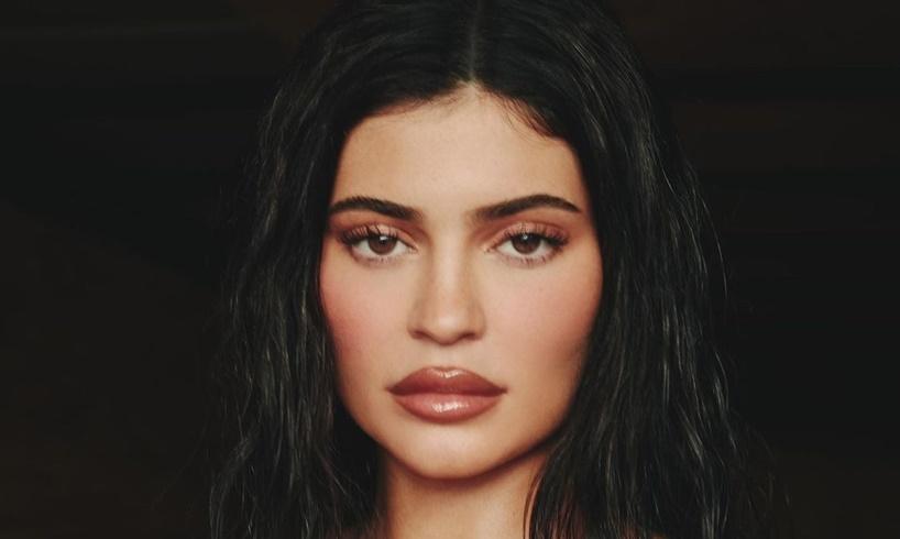 Kylie Jenner Travis Scott Dating Rumors DisneyLand