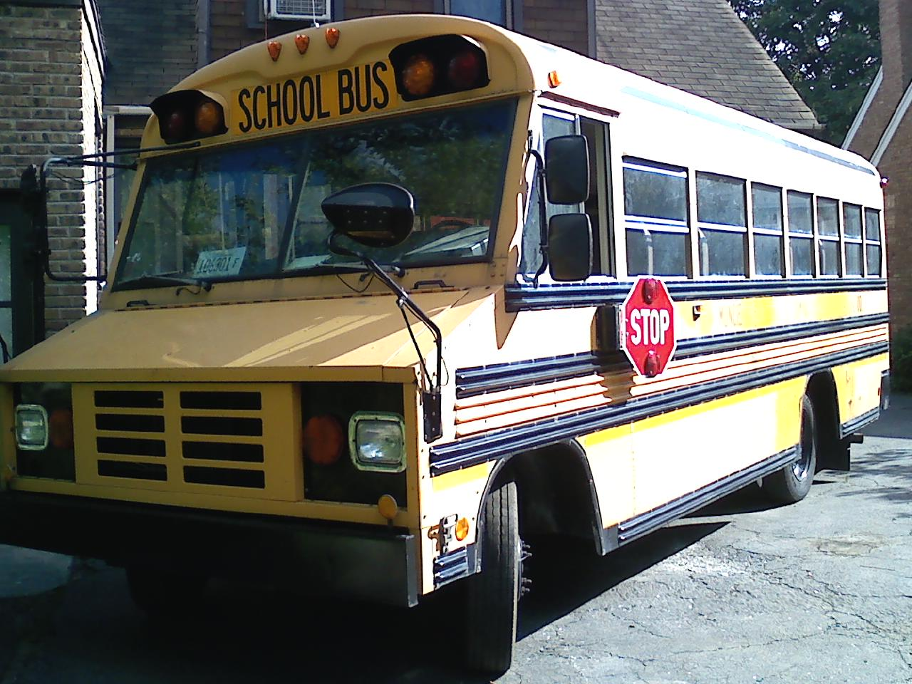 hight resolution of gmc blue bird mini bus 1997 p3500 it has an automatic transmission engine v8 great tires and has heat that works gasoline all fluids lights
