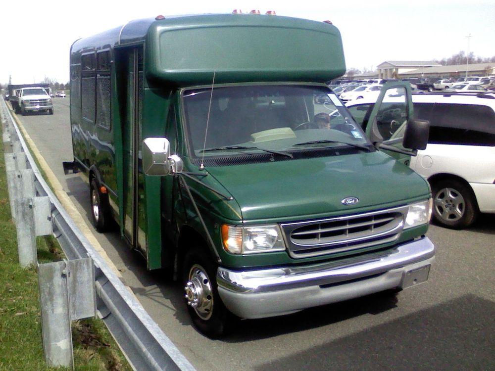 medium resolution of 2000 ford e 450 8 passenger limo bus w luggage
