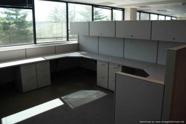 Used Herman Miller SQA Cubicles 6x6 Typical St. Louis Missouri4