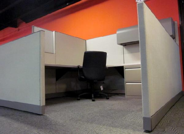 Used Knoll Morrison 8x8 Cubicles3