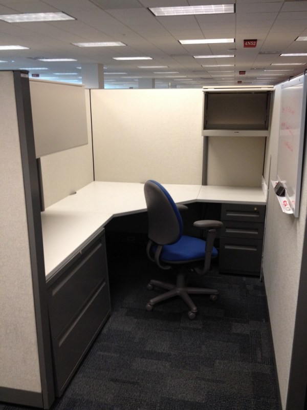 Used Steelcase Answer 6x82