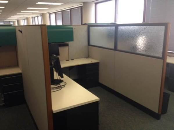Used Knoll Morrison 6x8 cubicles3