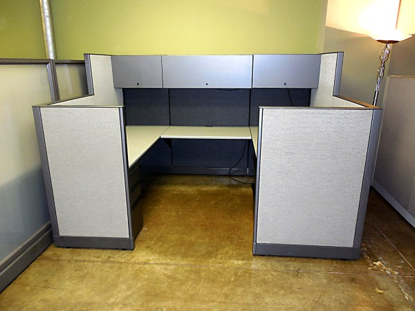 Like New Knoll Morrison Workstations 6X85