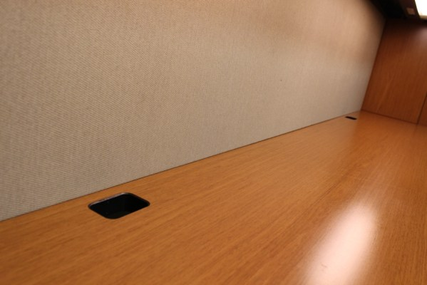 Knoll Reff Desks Sets in Dallas2