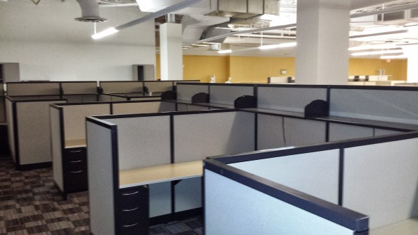 AIS M Wall Used Office Cubicles2