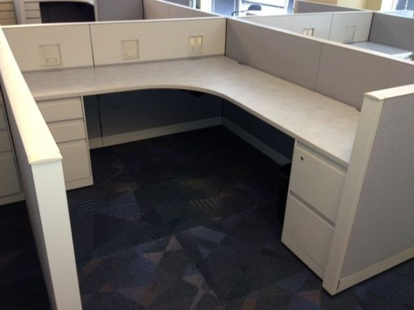 Steelcase Answer 8X8 Cubicles2