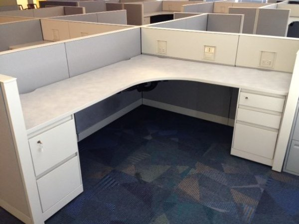Steelcase Answer 8X8 Cubicles3