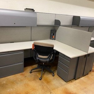 budget-friendly-knoll-morrison-cubicles