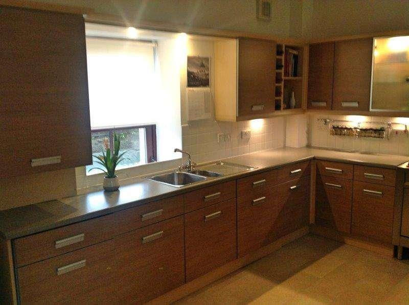 Symphony Kitchen Oak Effect Laminate Granite Effect Laminate Worktops