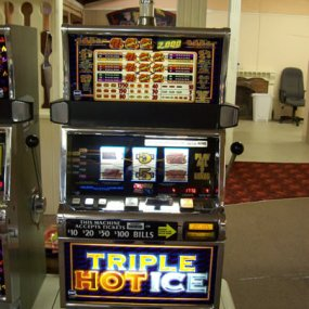 Triple Hot Ice 9 Coin 9 Line