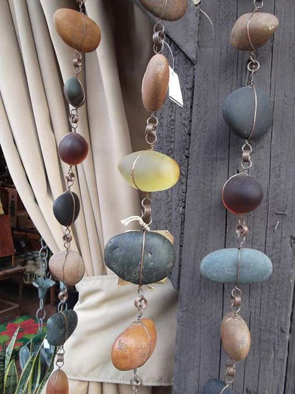 21 Lovely DIY Decor Ideas Emphasized by Creative Pebbles Art  usefuldiyprojects.com crafts (4)