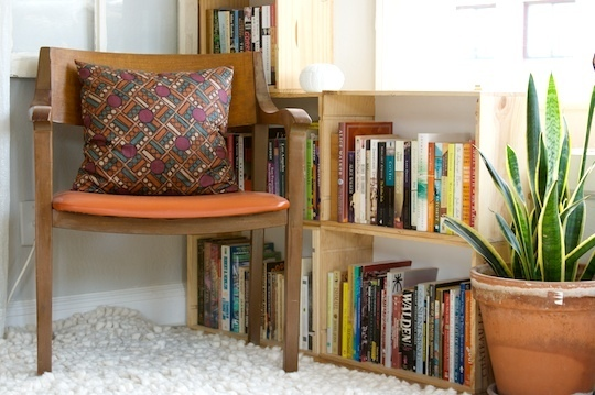 29 Ways to Decorate With Wooden Crates usefuldiyprojects.com decor ideas (28)