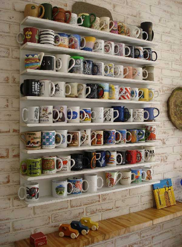 Charming 30 Extraordinary Creative And Graphic DIY Mug Storage To Beautify Your  Kitchen Usefuldiyprojects.com Decor