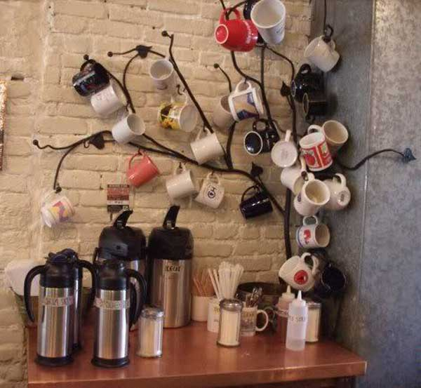 30 Extraordinary Creative and Graphic DIY Mug Storage To Beautify Your Kitchen  usefuldiyprojects.com decor (18)