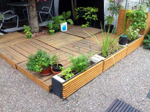 31 Ingeniously Cool Ideas to Upgrade Your Patio This Season usefuldiyprojects.com decor ideas (18)
