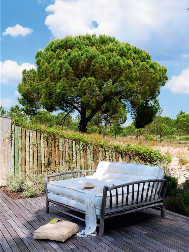 47+ Mesmerizing Backyard Landscaping Ideas- Terraces and Gardens That Will Transform Your Home usefuldiyprojects (6)