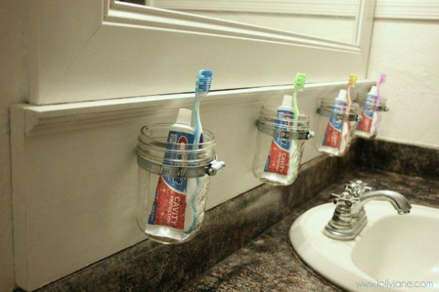 Creative Yet Practical DIY Bathroom Storage Ideas Usefuldiyprojects.com (4)