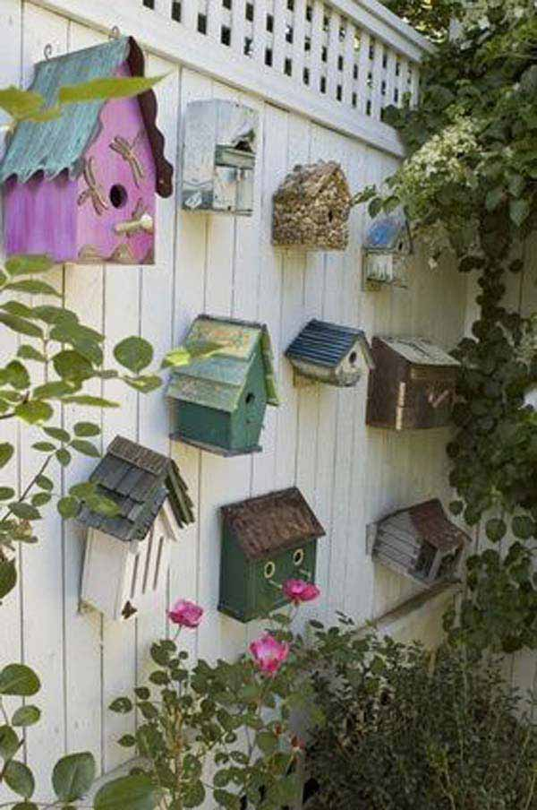 Top 23 DIY Garden Fence Decorations To Mesmerize Pedestrians  Usefuldiyprojects.com Decor (14)