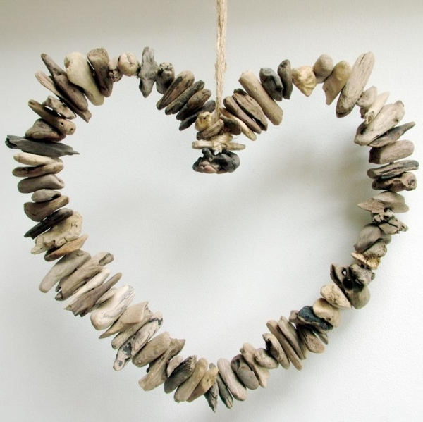 Fill Your Home With 45+ Delicate DIY Driftwood Crafts ...