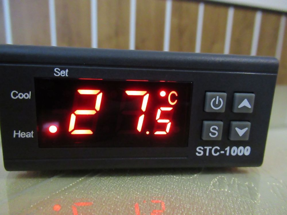 medium resolution of stc 1000 temperature controller with 2x relay for heating cooling