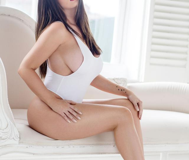 Story Lucy Pinder Sexy And Nude For