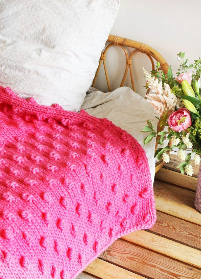 Diy 10 Of My Favorite Chunky Knit Blankets Knitinakit