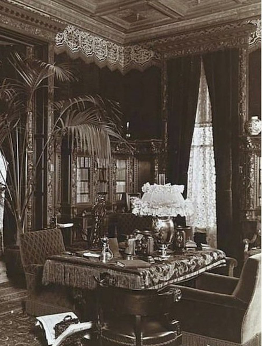 The 4 Basics of Victorian Interior Design and Home Dcor  HubPages