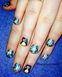 20 Awesome Holiday Nail Designs for Short Nails   Bellatory