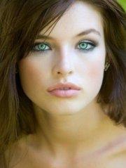 makeup fair skin brown hair