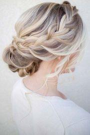 of romantic bridal hair