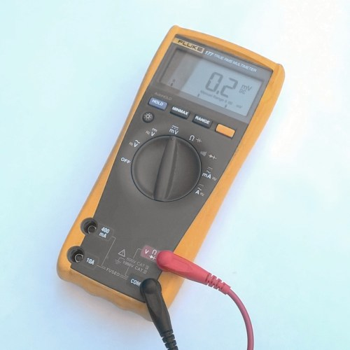 small resolution of how to use a multimeter to measure voltage current and resistance